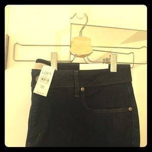 LOFT Curvy Skinny Ankle Jeans in Dark Rinse